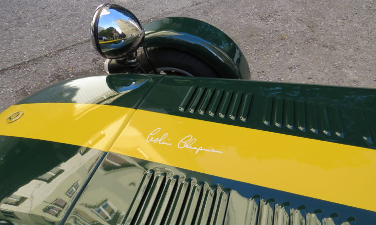 Caterham 7 bonnet